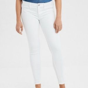 American Eagle White Next Level Stretch Jeggings, 6